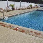 concrete-pool-deck-contractor-mo