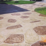 decorative-concrete-driveway-intallation-louisvilleky
