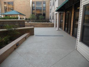 sundek-classic-texture-walkway