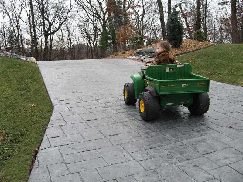concrete driveway installer st louis mo