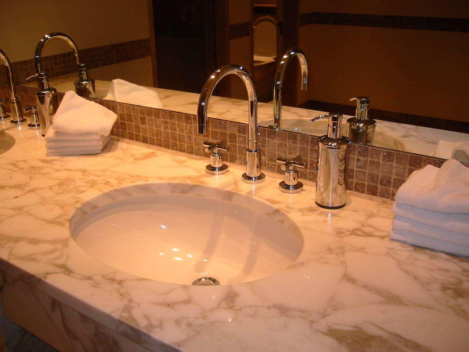 bathroom-sink