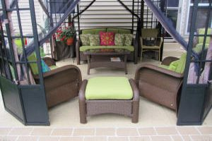 Picture-Perfect, Easy-to-Clean Patio In Missouri